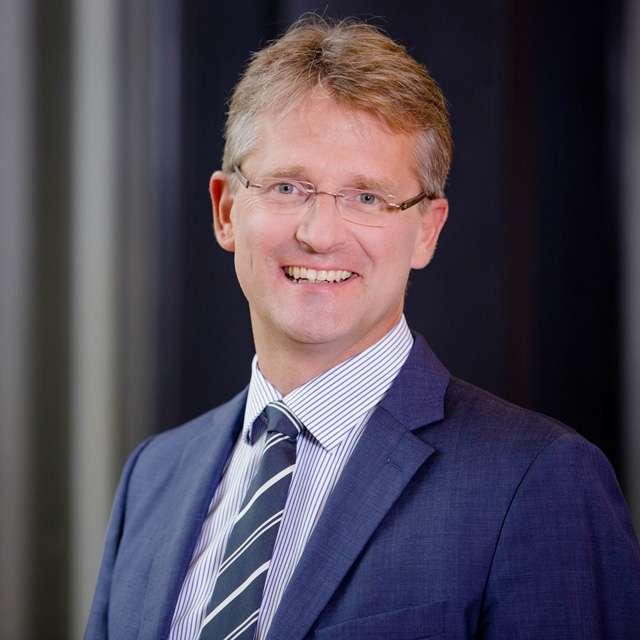 Prof. Dr. Hermann Raab